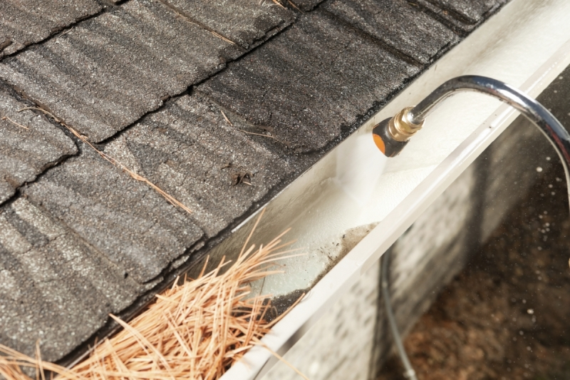 Rain Gutter Cleaners in Cassville, MO 65625